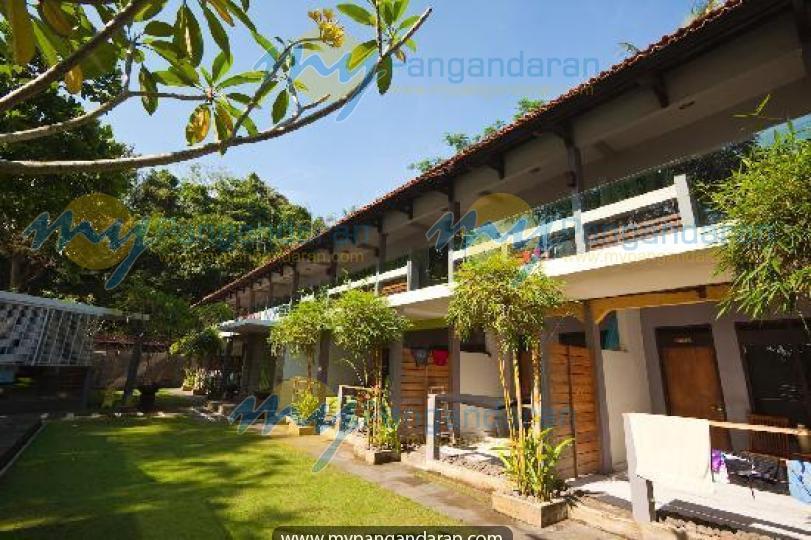 Java Cove Beach Hotel Batukaras
