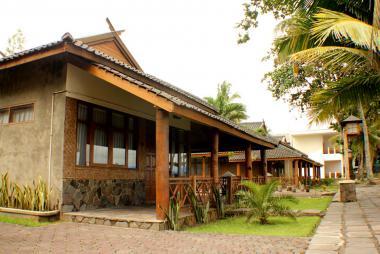 Pantai Indah Timur Pangandaran